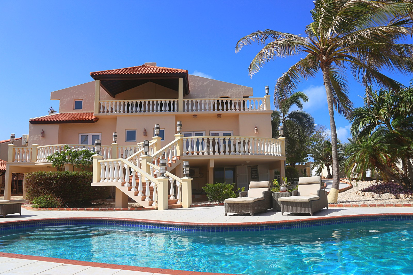 Captivating Villa For Sale With Spectacular Ocean Views