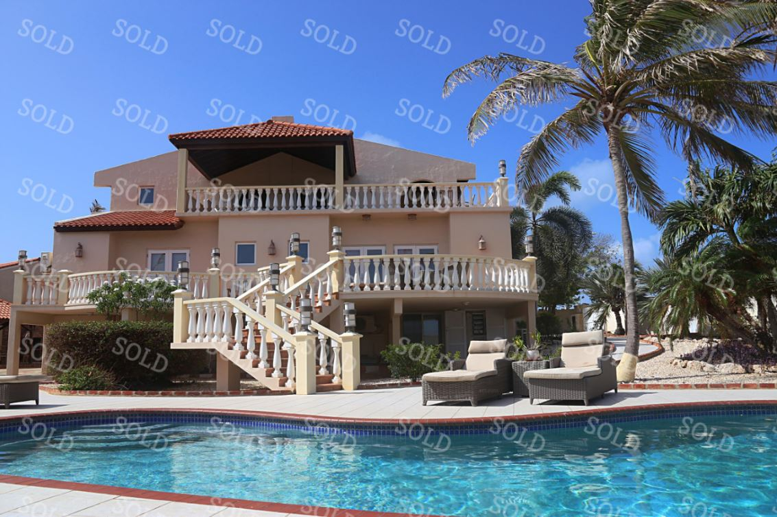 Captivating Villa For Sale With Spectacular Ocean Views – SOLD