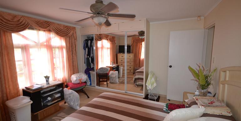 23rooi-kochi-bedroom2